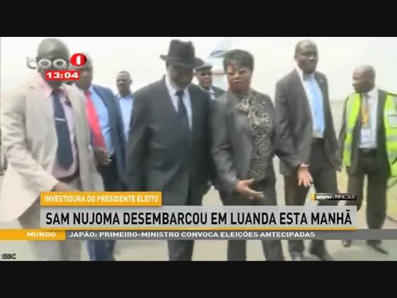 """Sam Nujoma desembarcou em Luanda esta manhã """"Investidura do Presidente eleito"""""""