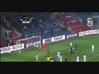 Chaves 4-3 Vitória Guimarães - Golo de Pedro Tiba (35min)
